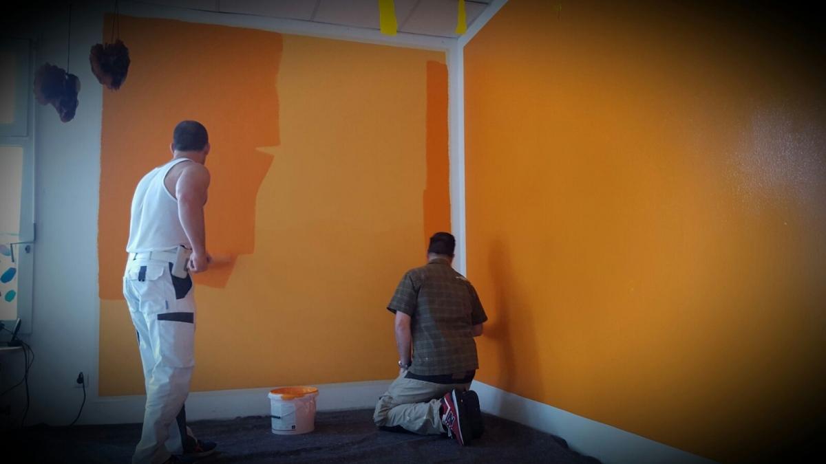 Farbklekse – neue wandfarbe für unseren kiga – elterninitiative ...